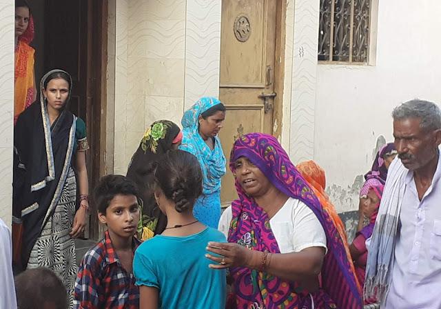 मंदिर से लौट रही बच्ची को बाइक ने रौंदा - newsonfloor.com