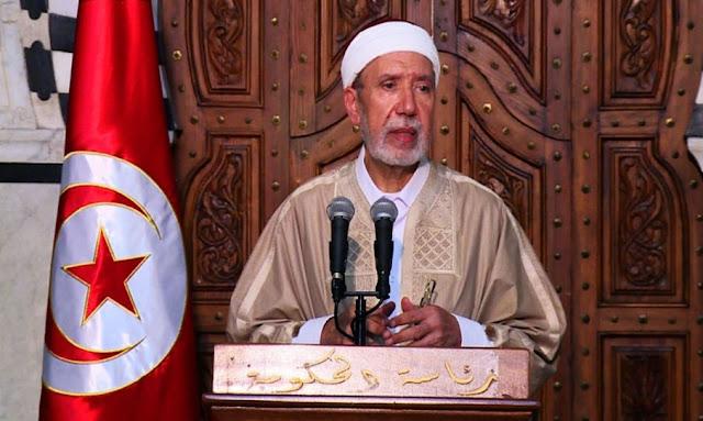 مفتي الجمهورية عثمان بطيخ تعذر رؤية الهلال و يوم الأحد سيكون أول أيام العيد