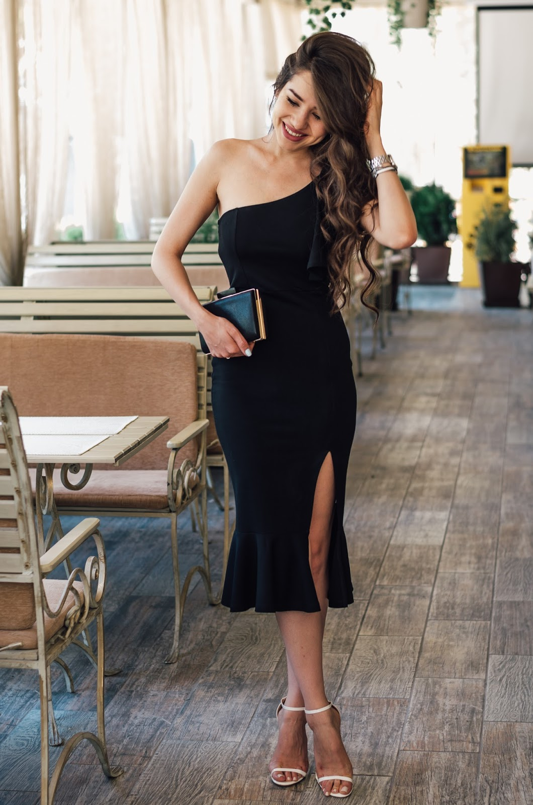 fashion blogger diyorasnotes diyora beta formal dress black midi dress ruffle outfitoftheday