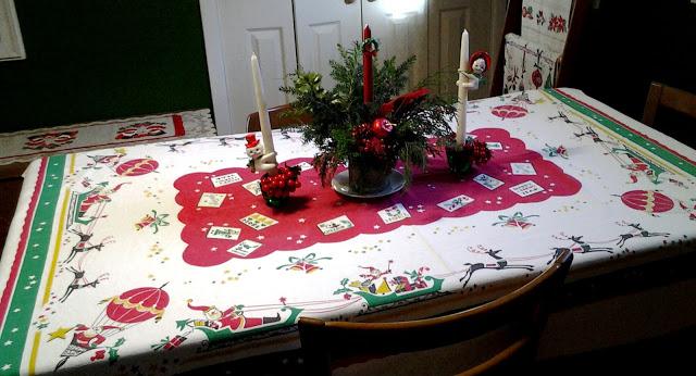 Virginia retro december already vintage christmas for 12 days of christmas table cloth