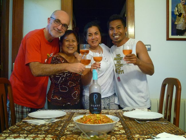 Brindis con vino de Bali