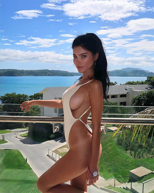 Sveta Bilyalova Hot Pics and Bio