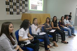 Colóquio no Campus Cuité da UFCG orienta sobre as diferenças da escrita no meio escolar e escrita acadêmica