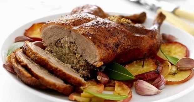 Duck Stuffed With Pork Recipe