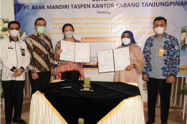 Mudahkan PNS Purnabakti, Pemko Tanjungpinang Teken MoU PT Bank Mandiri Taspen