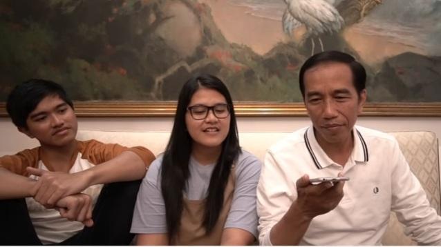 Video: Jokowi Telepon Bocah Tomohon yang Nangis Histeris Ingin Bertemu Presiden