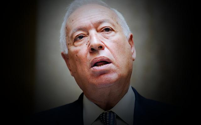 Margallo es preguntado por la fortuna de Juan Carlos I y contesta con Pablo Iglesias