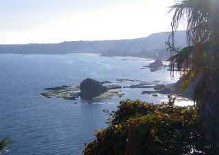 伊豆 竜宮島