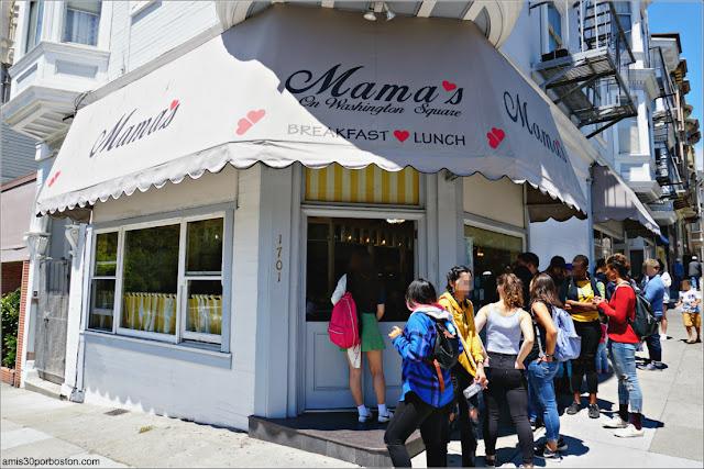 Colas en Mama's On Washington Square en San Francisco