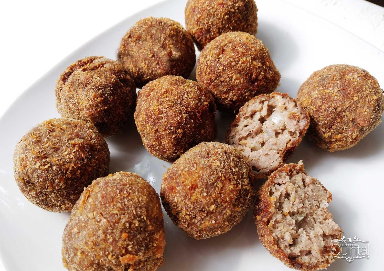Almôndegas Fáceis e Deliciosas em 2 Versões na Cozinha do Quintal. Esta é a versão empanada!