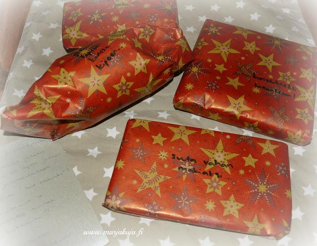 salainen jouluystavan lahjat