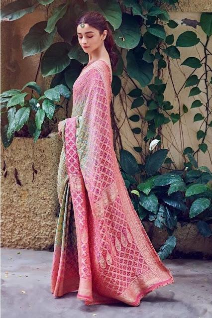 Gorgeous Ethnic Outfits Alia Bhatt Photo