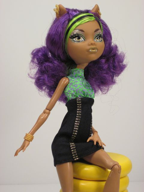 Monster-High-Howleen-Clawdeen