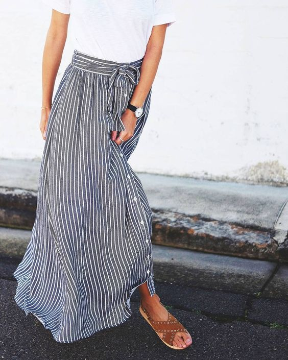 4c338e3ea Fashion File: Still Loving Maxi Skirts | The Peak of Tres Chic ...