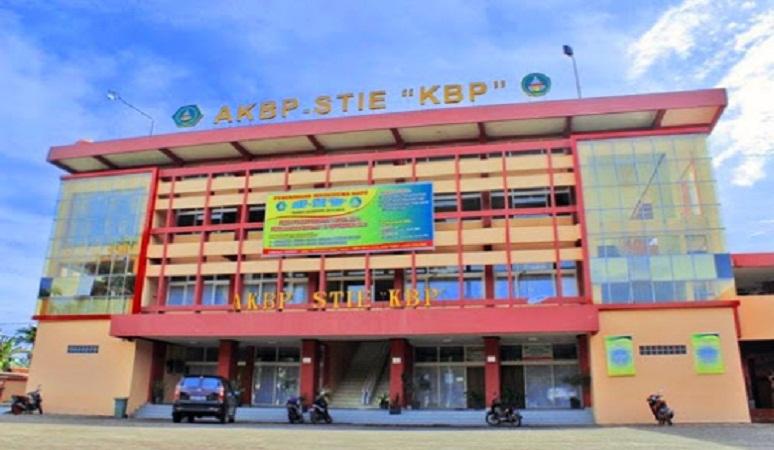 Sekolah Tinggi Ilmu Ekonomi KBP Padang.