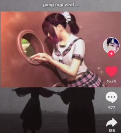 Viral Anime TikTok HP Jatuh