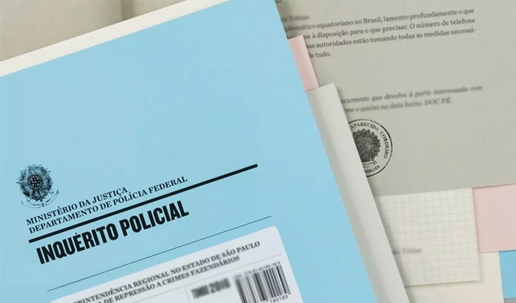 O Inquérito Policial se inicia a partir de uma notícia de um crime, que geralmente é o Boletim de Ocorrência e é tratado no Art. 5 do Código de Processo Penal