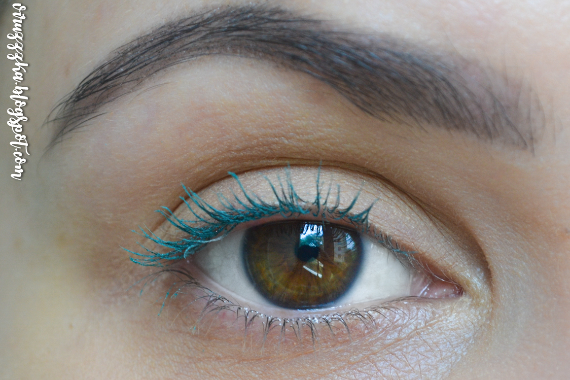 Spring Makeup Trends 2020 Colorful Mascara