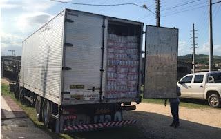 Polícia recupera em Sergipe caminhão roubado na Bahia