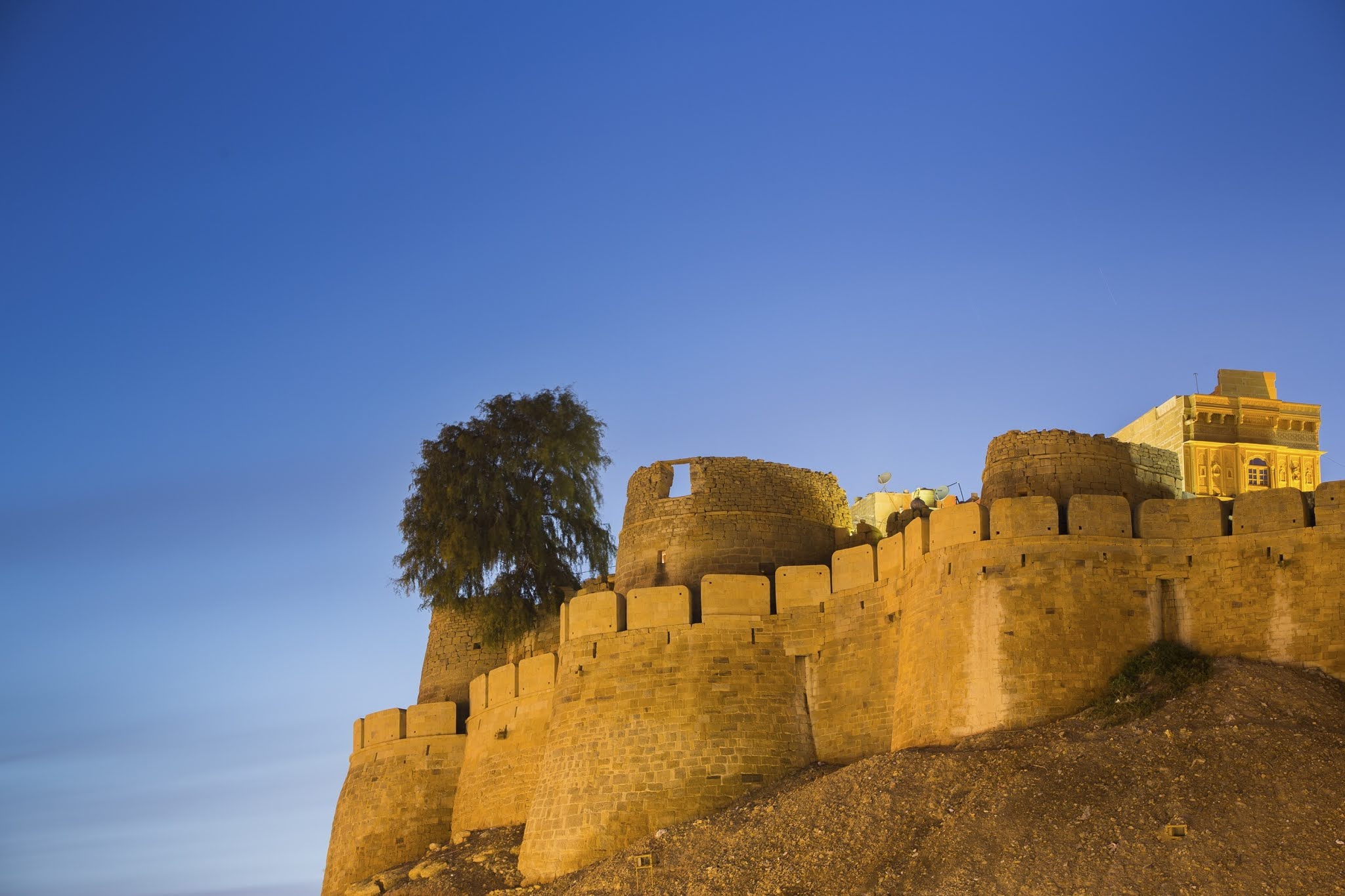 Jaisalmer-Fort-Rajasthan-Best-time-&-tips-Hotel-Tour-Planner-History