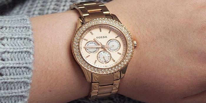 6678295eb14a4 Top 10 Best Stylish Women's Watches Under $100 - TechCinema