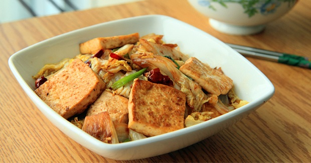 Pan Fried Tofu With Spicy Cabbages Recipe