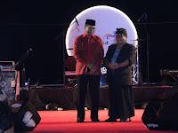Gubernur Dan Bupati Kompak Buka Festival Bau Nyale