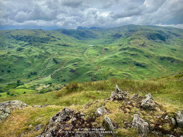 Easedale tarn from Helm crag walk near grasmere lake district best route map height lion lamb howitzer