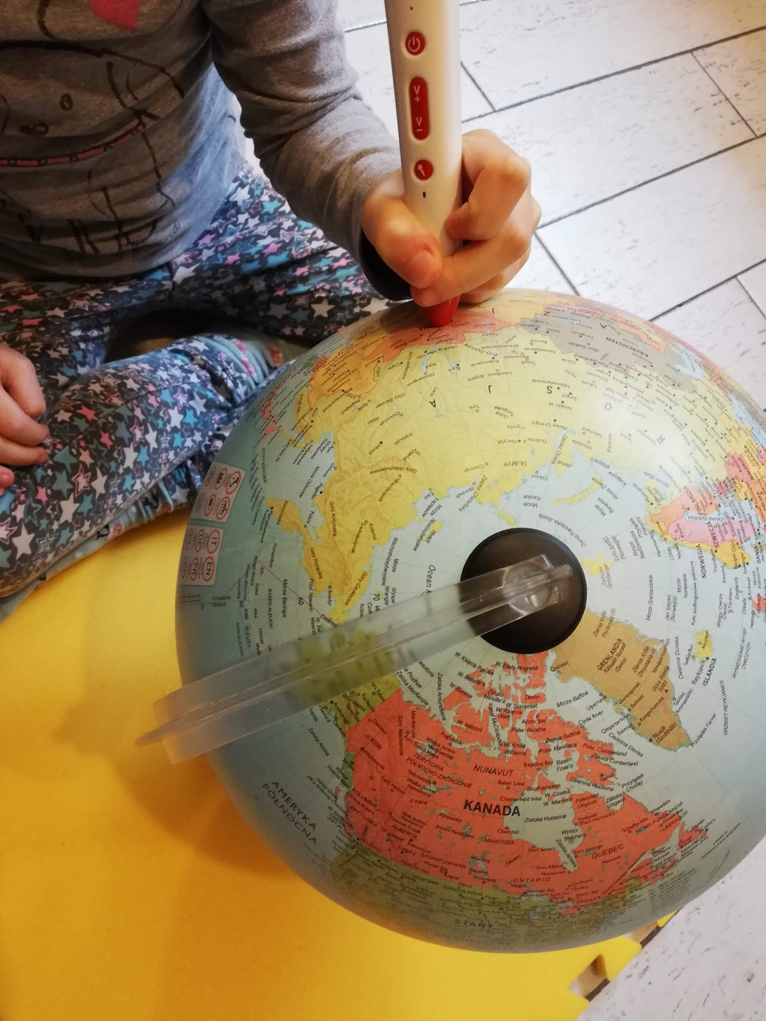 Globus który mówi