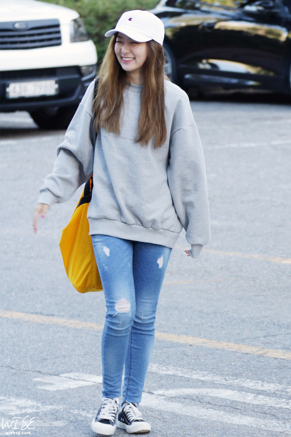 velvet seulgi airport kpop outfits korean officialkoreanfashion casual idols inspiration story tr