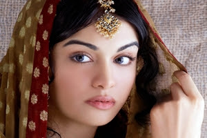 Actress Adah Sharma seen as Competitor for Actress Hansika in Film Industry