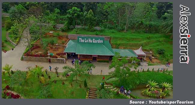 The Le Hu Garden, Tempat Pelarian Hiruk Pikuk Kota Medan