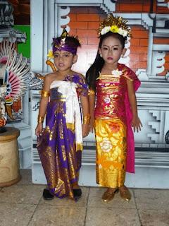 Gambar Baju Adat Bali Terlengkap 620717