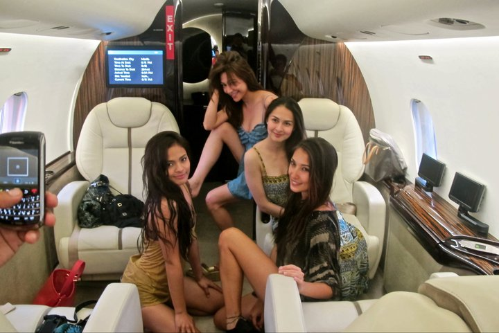 marian rivera, solenn heausaff, lovi poe and rufa mae quinto in private jet 01