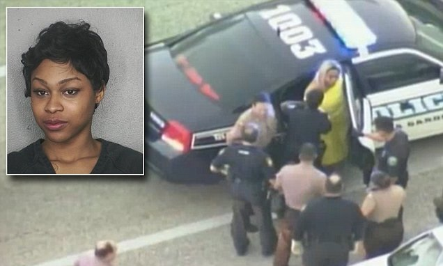 : Nigerian American Stripper Iyana Sade Goes Naked Infront Of Police To Evade Arrest In Miami