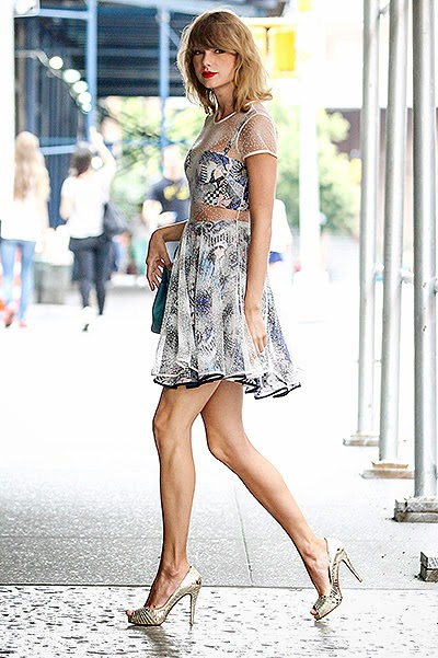 Taylor Swift on the streets of New York