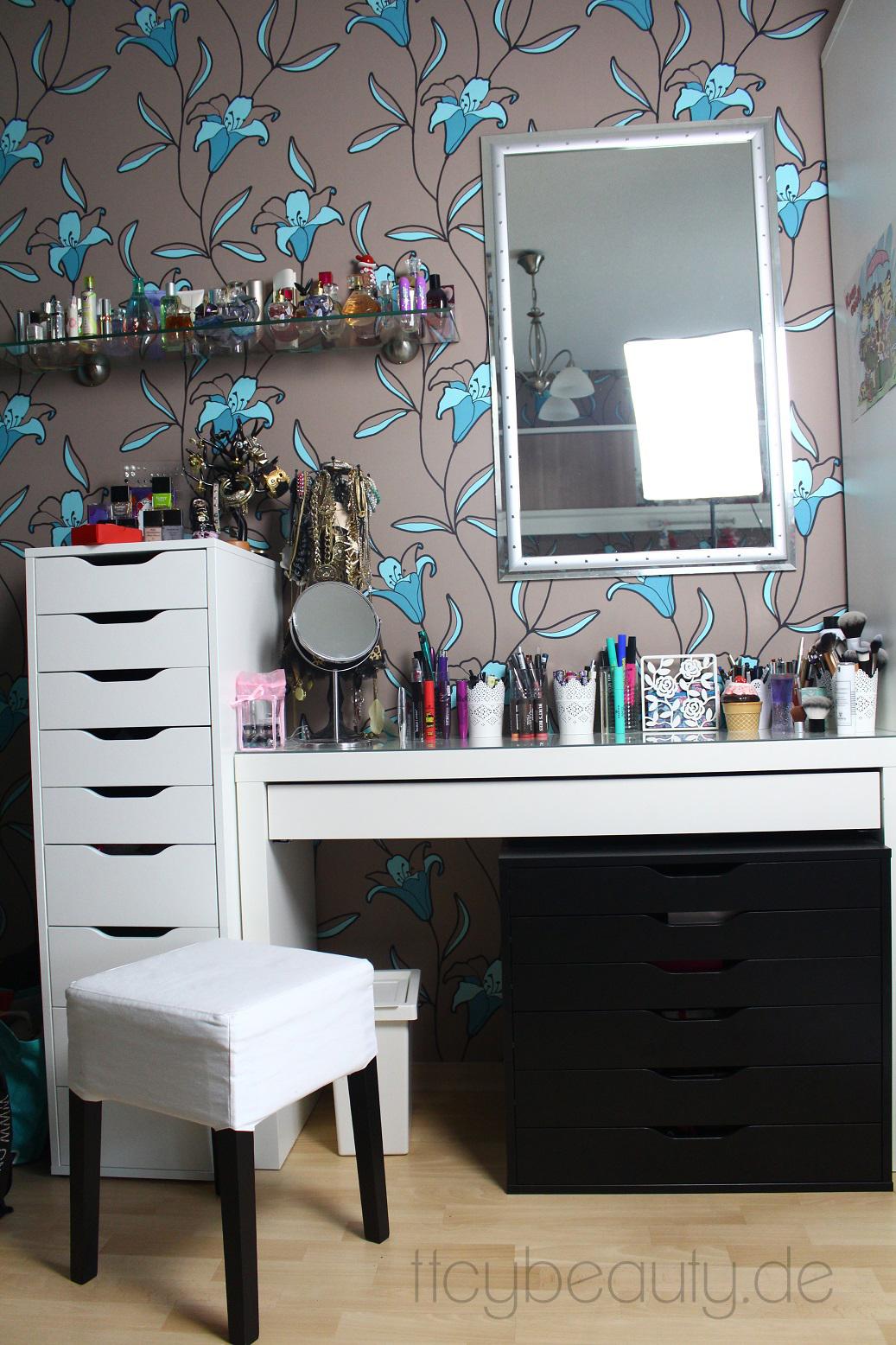 ikea malm frisiertisch schwarz. Black Bedroom Furniture Sets. Home Design Ideas