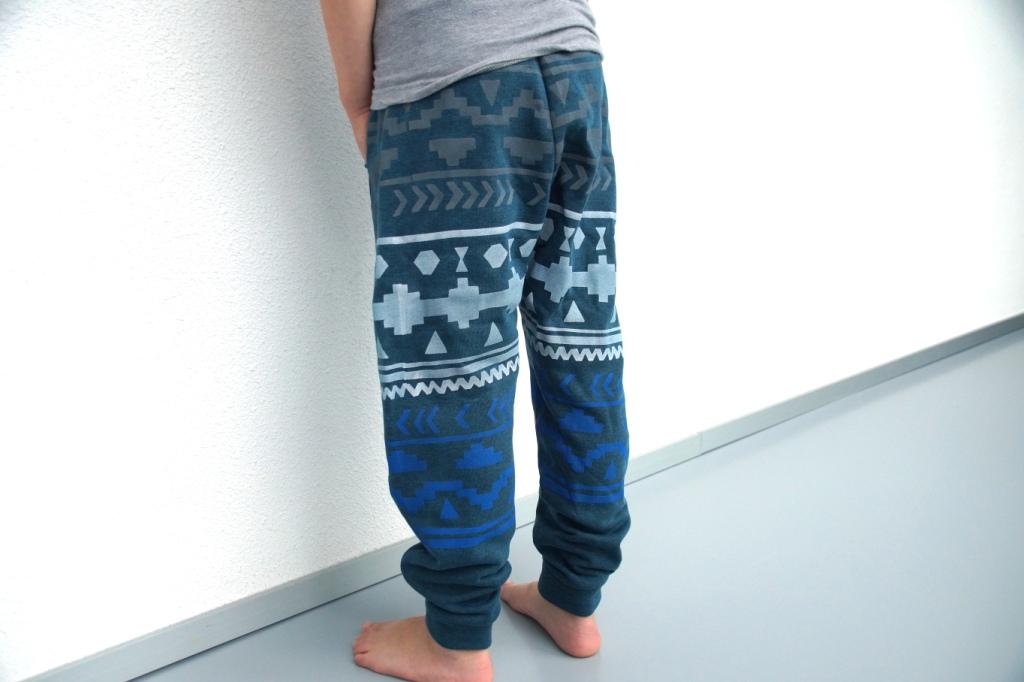 free baggy trousers pattern, Nosh Organics