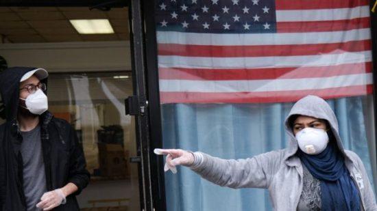 """""""دلتا"""" تؤجج الجائحة في أمريكا ووحدات الرعاية توشك على الامتلاء في العديد من الولايات"""