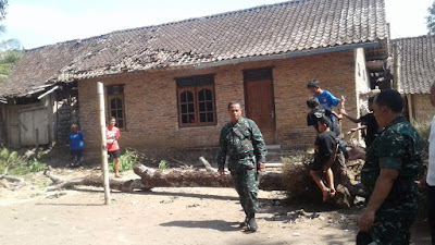 Angin Puting Beliung Juga Melanda Wilayah Tegalrejo