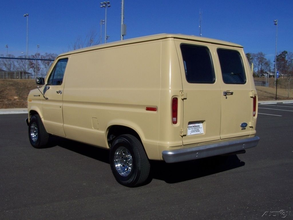 daily turismo auction watch 1984 ford e series van. Black Bedroom Furniture Sets. Home Design Ideas