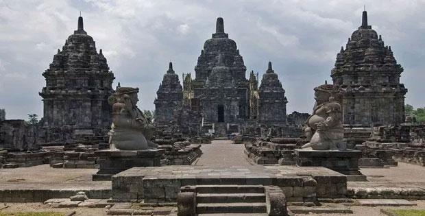 Peninggalan Kerajaan Bercorak Hindu di Indonesia