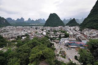 Pegunungan Karst di Yangshuo