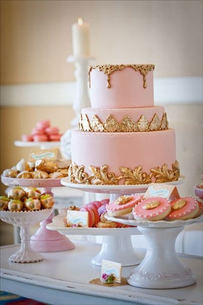 Deliciously Pastel Pink And Gold Wedding Cake
