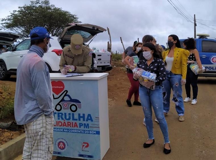 Patrulha Solidária entrega 140 cestas básicas em Vitória da Conquista