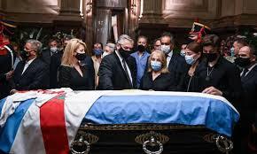 Mantan Presiden Argentina Carlos Menem, Dulu Islam, Masuk Katolik Demi Politik, Meninggal Dikubur di Pemakaman Islam