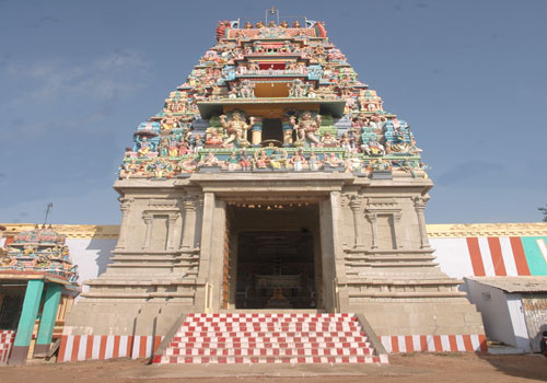 Varadaraja Perumal Temple Emaneswaram Paramakudi - History, Timings, Festivals & Address!