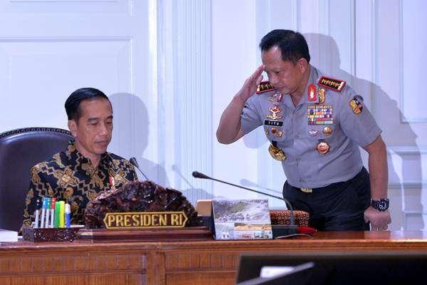 Jokowi Tampilkan Foto Tito ke Pendukungnya, Begini Penjelasan Polri