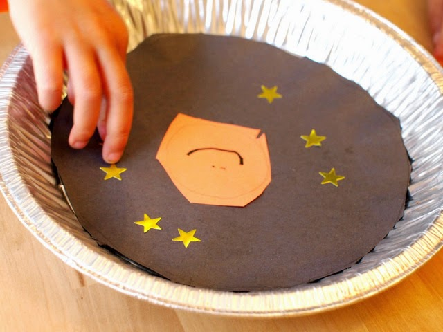 Preschool space science activity- stick on stars and sun