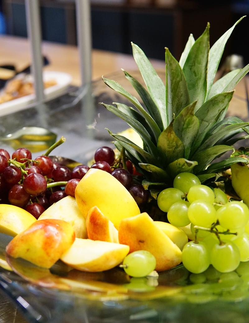 aamiainen, hedelmät